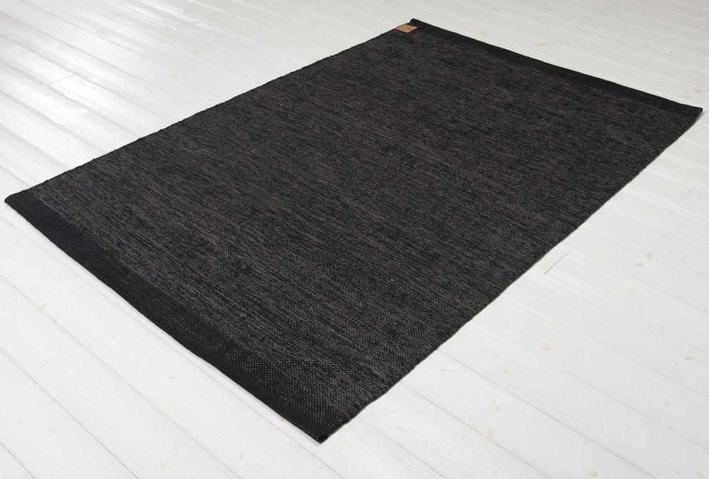 Heby svart 160x230