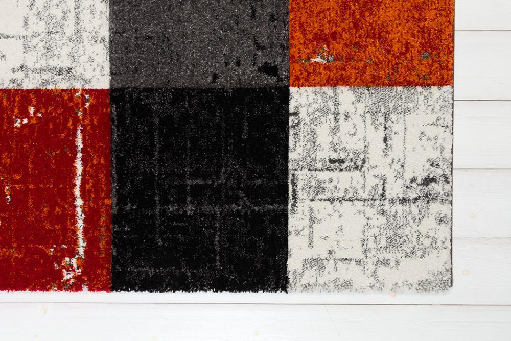 Moody Square Red/Orange 133x190
