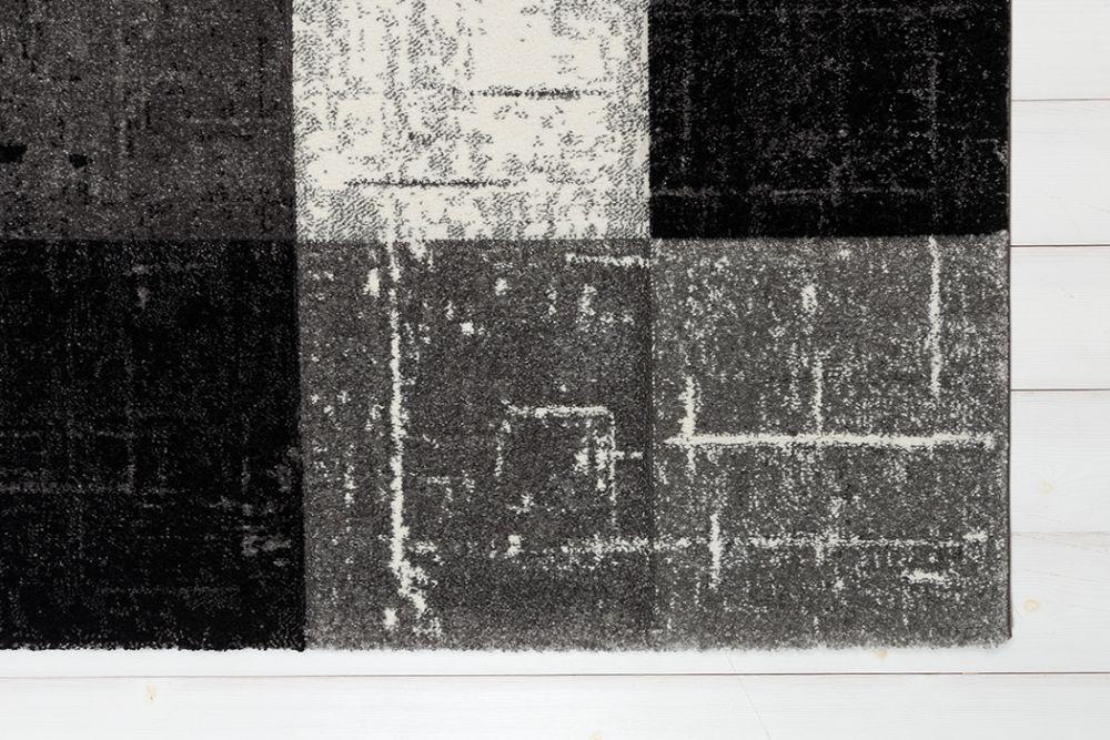 London Square Black 133x190