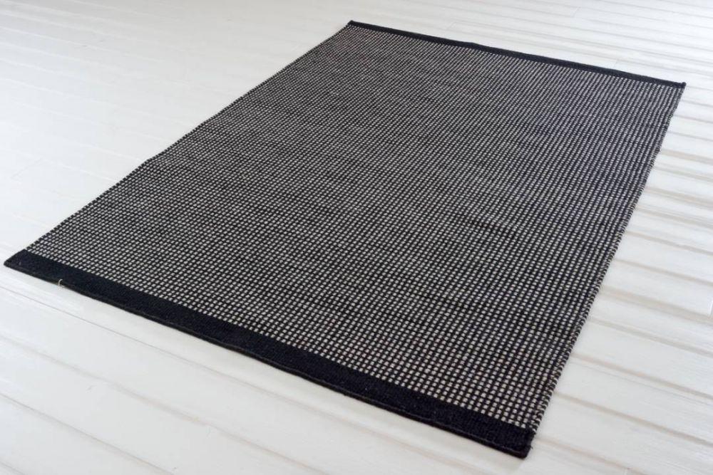 Design 3000 svart 140x200