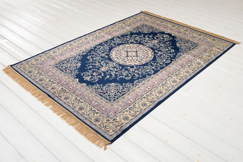 Casablanca Medallion Navy 200x300