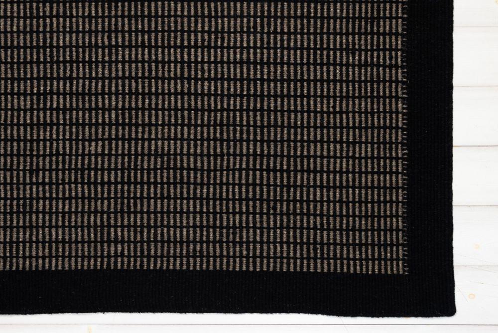 Ninja Star Black 200x280