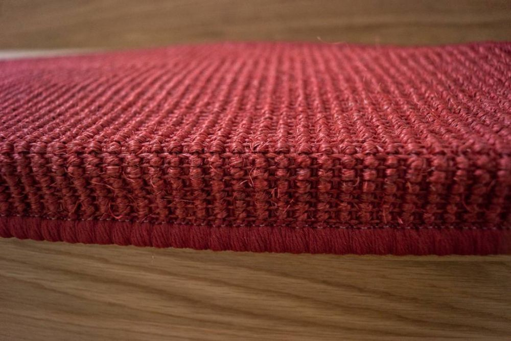 New Sisal Step red